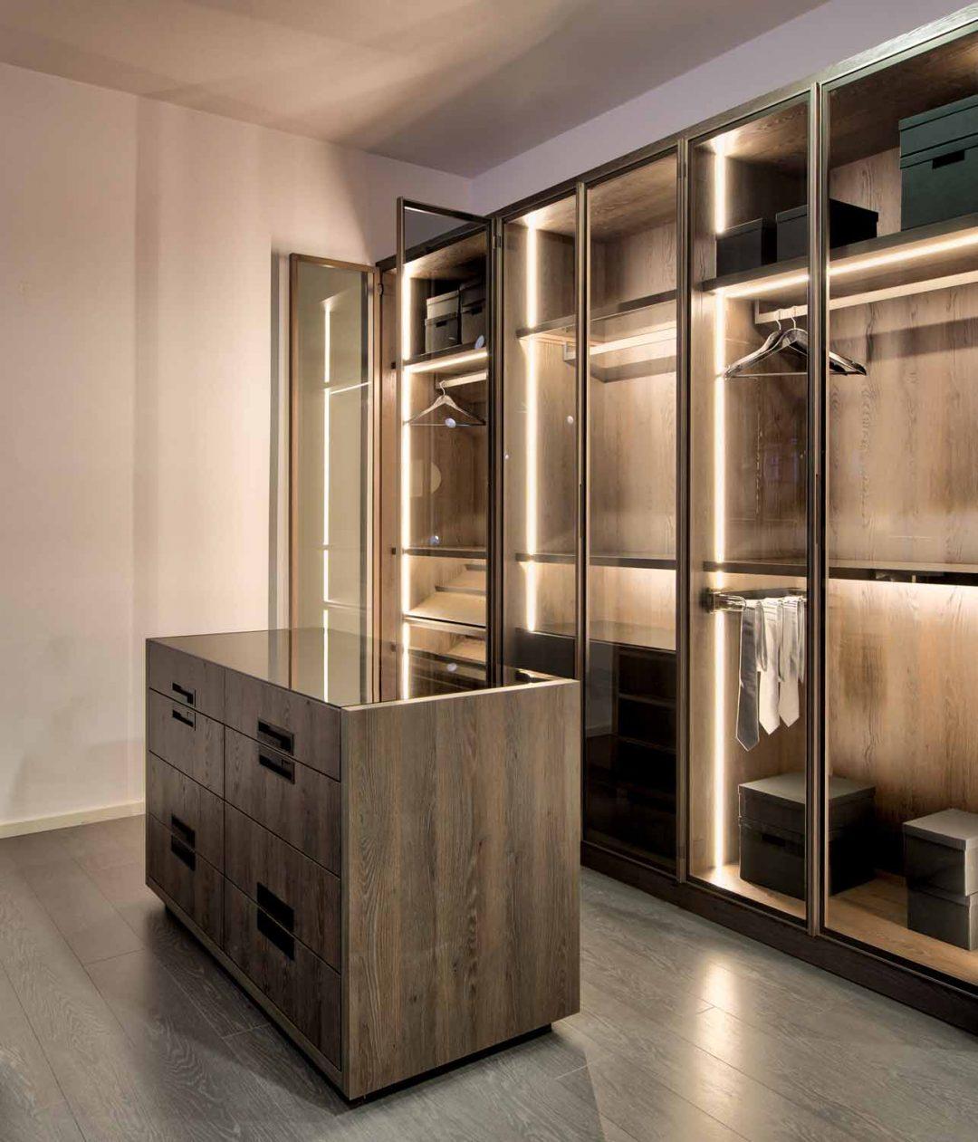 Linear Glass Fitted Wardrobe Swiss Cottage Portfolio