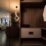 Linear-Walking-Wardrobe-with-Bronze-mirror-brown-orleans-oak-finish-(7)