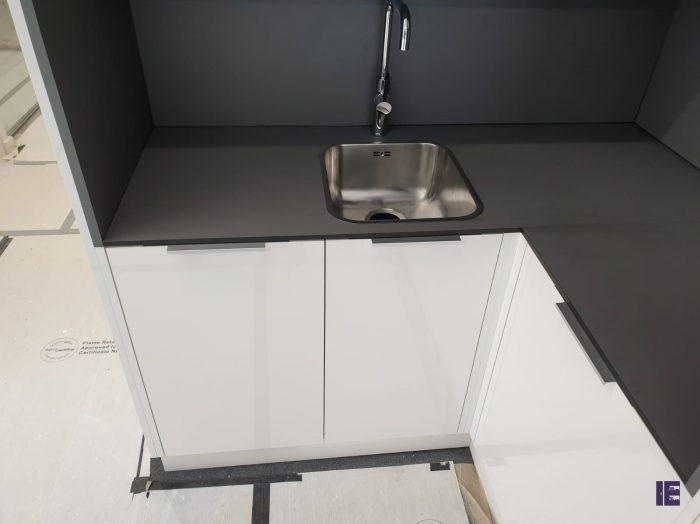 https://www.inspiredelements.co.uk/wp-content/uploads/2020/05/23-kitchen13-700x524.jpg