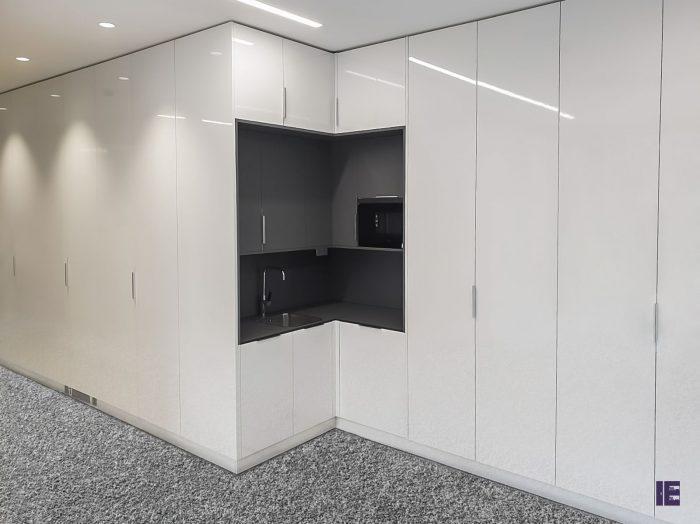 https://www.inspiredelements.co.uk/wp-content/uploads/2020/05/23-kitchen2-700x524.jpg