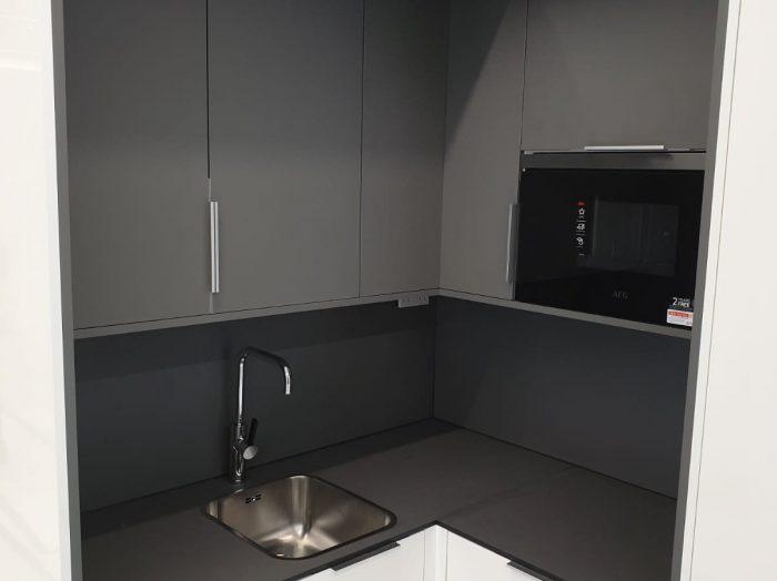 https://www.inspiredelements.co.uk/wp-content/uploads/2020/05/23-kitchen4-700x524.jpg