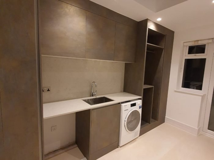 https://www.inspiredelements.co.uk/wp-content/uploads/2020/05/Bespoke-Fitted-Kitchen-Chelsea-700x524.jpg