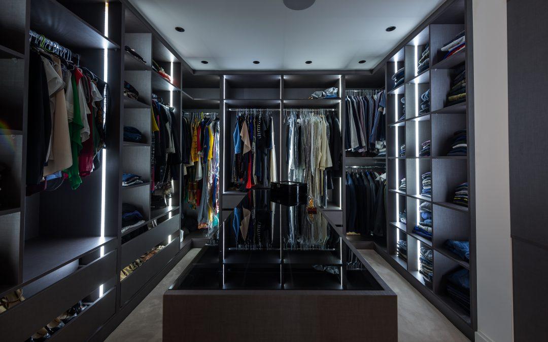 Luxury Walk-in Wardrobe and Bespoke Tv Unit  Kingsbury- London