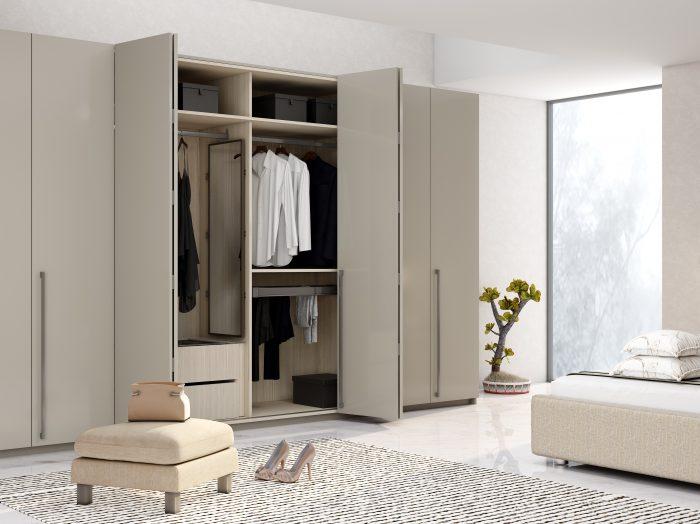 https://www.inspiredelements.co.uk/wp-content/uploads/2021/05/Bi-fold-folding-door-wardrobe-in-esperia-light-grey-700x524.jpg