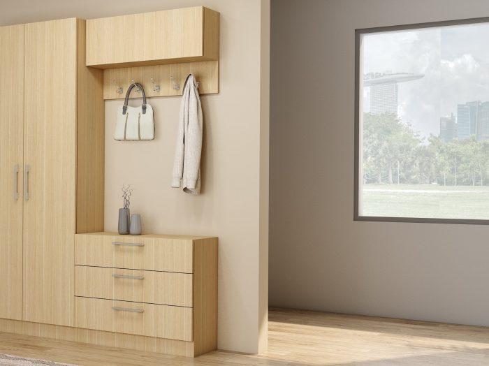 https://www.inspiredelements.co.uk/wp-content/uploads/2021/06/Hall-way-cabinets-in-Kaisersberg-Oak_1-1-700x524.jpg
